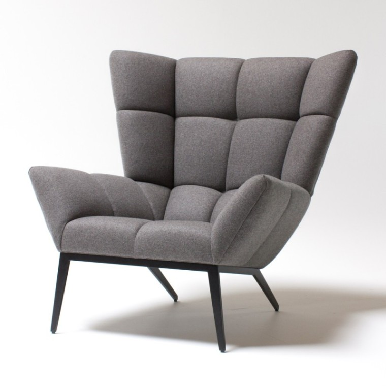 Tuulla_chair_grey_angle