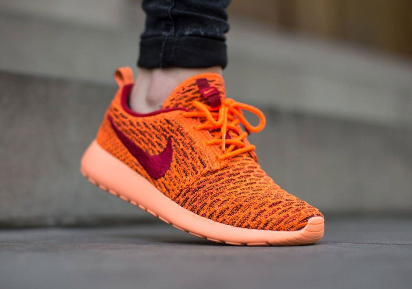 nike-flyknit-roshe-one-total-orange-gym-red-sunset-glow-2